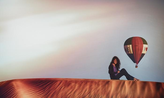 Hot air balloon Dubai in Desert